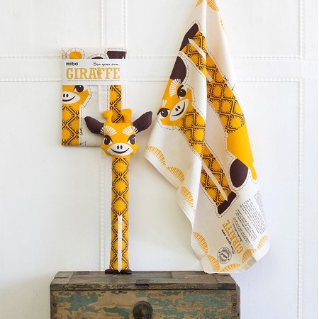 2-in-1 tea towel & stuffed toy, organic cotton – Giraffe