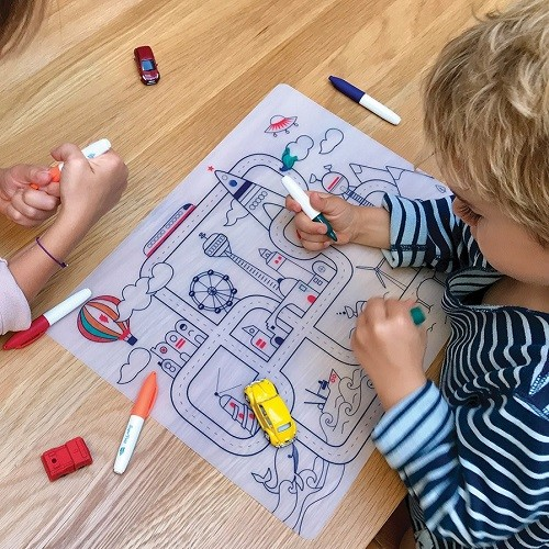 Reusable colouring in placemat set – City