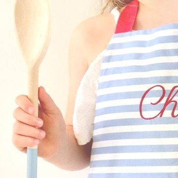Personalised children's apron & spoon, fush